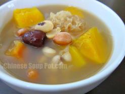 White Fungus Papaya Peanuts and Black Eyed Peas Soup