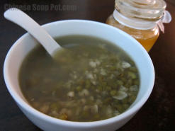 Mung Bean Barley Honey Date Dessert Soup