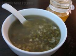 Mung Bean Barley Honey Date Dessert Soup