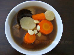 Daikon Carrot and Luo Han Guo Pork Soup
