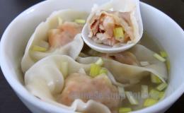 Shrimp Wonton Soup in Supreme Broth